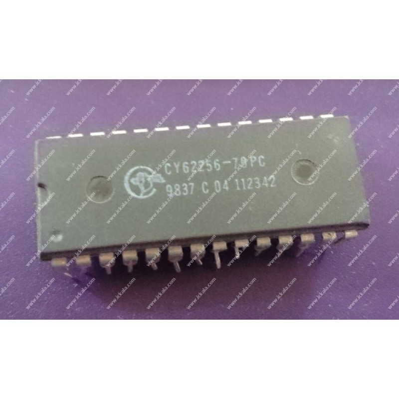 CY62256-70PC
